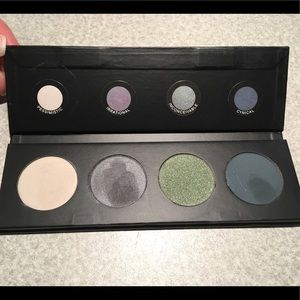 (Customized) Pressed Shadow Quad Pallet